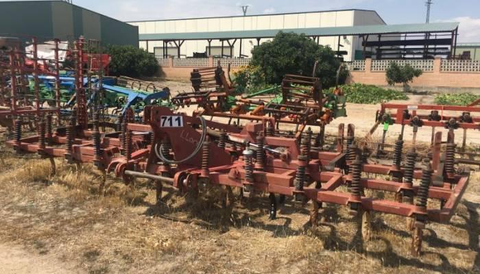 Cultivador-Preparador Llórente 5 M