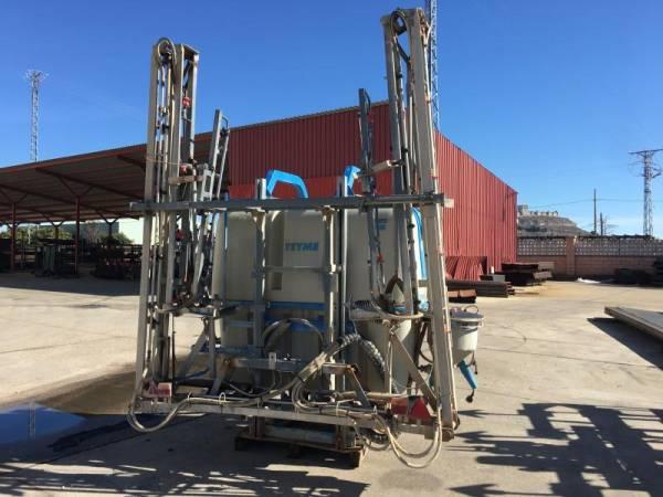 Pulverizador suspendido Teyme de 1500 L y 15 M